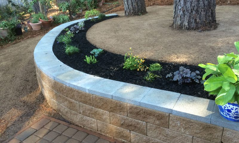 How to Choose a Landscape Construction Company in Windsor